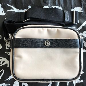 LULULEMON Now and Always Crossbody Mini 3L